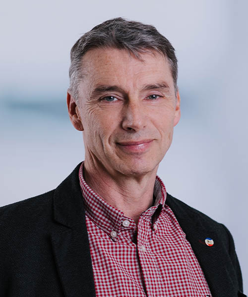 Dr. Svante Gehring