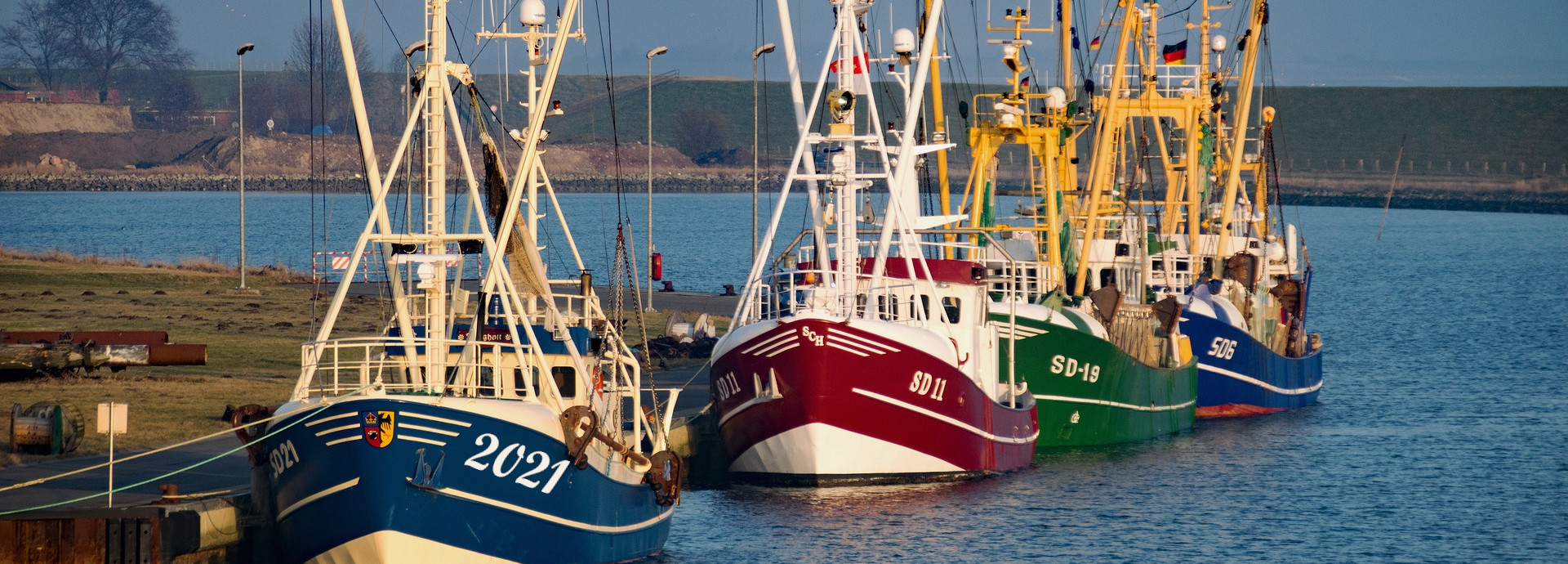 Fischerboote am Liegeplatz in Büsum