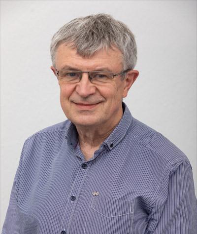 Dr. Helmut Machemer