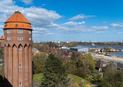 Ärztezentrum am Kanal - Ausblick aus dem Fenster der Praxis in Brunsbüttel